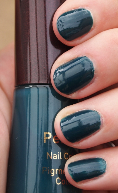 Bewitchery | NOTD: No7 Stay Perfect Nail Colour in \'Totally Teal 330′